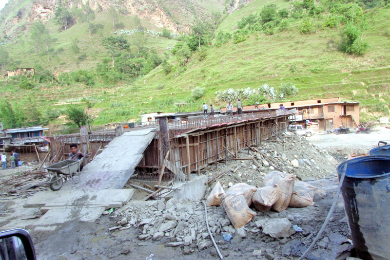 An under-construction bridge on the Rukum-Mushikot road section at Chakhalighat, in Salyan, on Thursday, July 7, 2016. Photo: THT