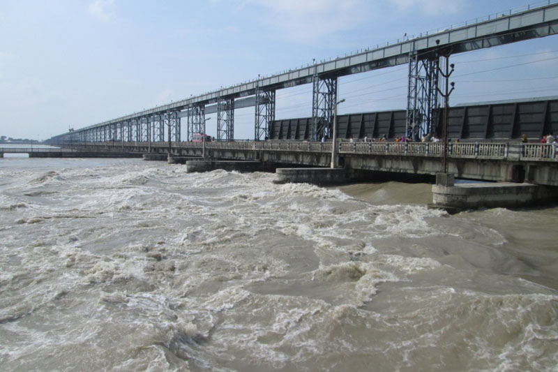 Swollen Saptakoshi River after incessant rainfall at the Koshi Barrage in Saptari-Sunsari border, on Saturday, July 23, 2016. Photo: Byas Shankar Upadhyay