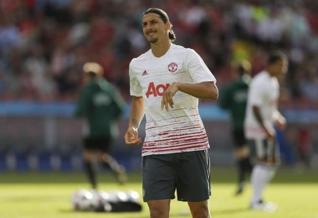 Football Soccer - Galatasaray v Manchester United - Pre Season Friendly - Ullevi Stadium, Gothenburg, Sweden - 30/7/16nManchester United's Zlatan Ibrahimovic warms up before the matchnAction Images via Reuters / Henry BrownenLivepic