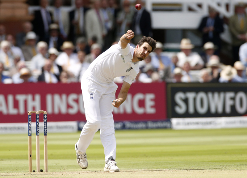 Englandu0092s Steven Finn in actionn during First Test match against Pakistan at Lord's on Thursday, July 14, 2016. Photo: Reuters