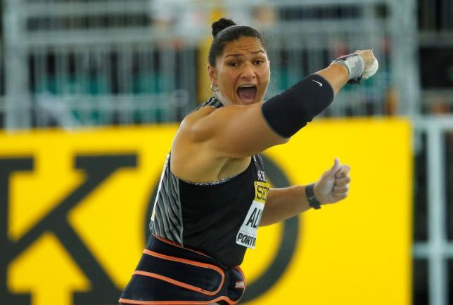 Valerie Adams of New Zealand competes in the women's shot put during the IAAF World Indoor Athletics Championships in Portland, Oregon March 19, 2016. Photo: Reuters/File