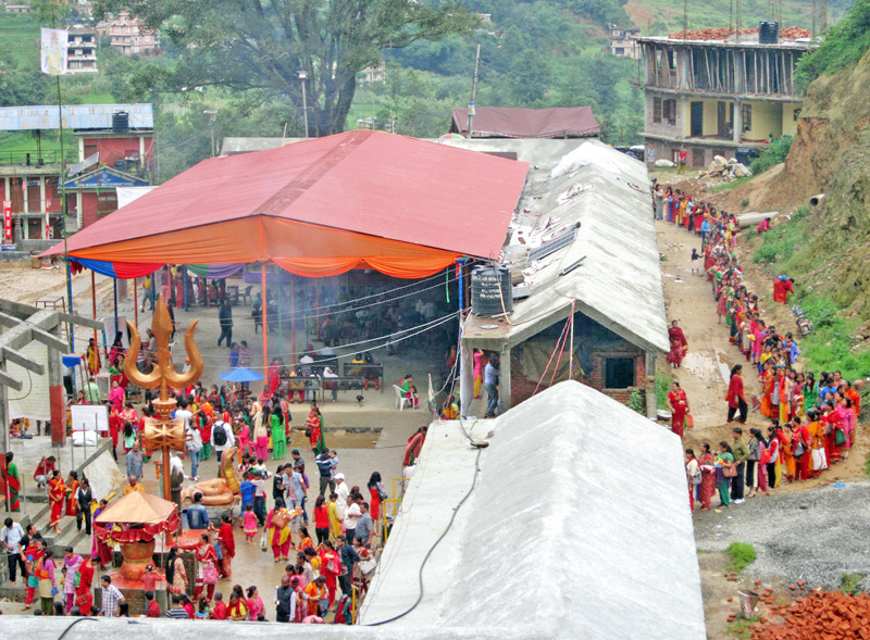 Devotees throng the Doleshwor Temple in Sipadol of Bhaktapur district, on Monday, August 1, 2016. Mondays in the solar month of Shrawan are considered holy for prayers and worship to Lord Shiva. Photo: RSS