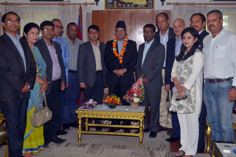 A delegation of the Federation of Nepalese Chambers of Commerce and Industry (FNCCI) meets Prime Minister Pushpa Kamal Dahal in Baluwatar, on Saturday, August 6, 2016. Photo: PM's Secretariat