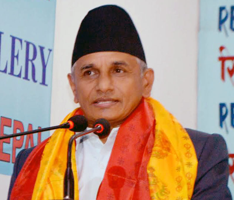 Minister for Federal Affairs and Local Development, Hitraj Pandey, addresses journalists during an interaction programme in Kathmandu, on Thursday, August 18, 2016. Photo: Reporters' Club .