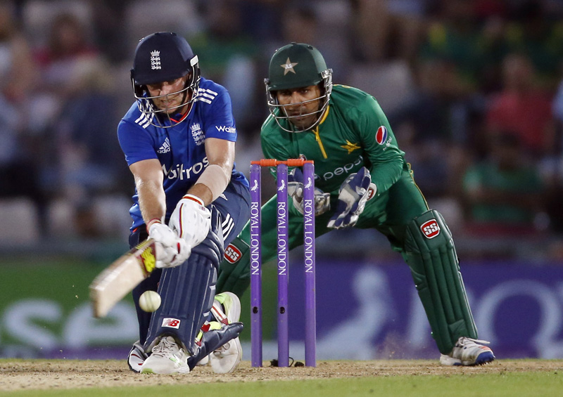 England's Joe Root in action as Pakistan's Sarfraz Ahmed looks onn during First One Day International at the Ageas Bowl, on Wednesday, August 25, 2016. Photo: Reuters