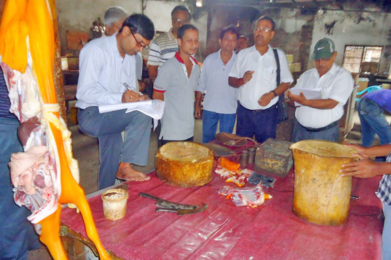 A market monitoring team inspecting a meat shop in Rajbiraj of Saptari district, on Monday, August 22, 2016. Photo: RSS