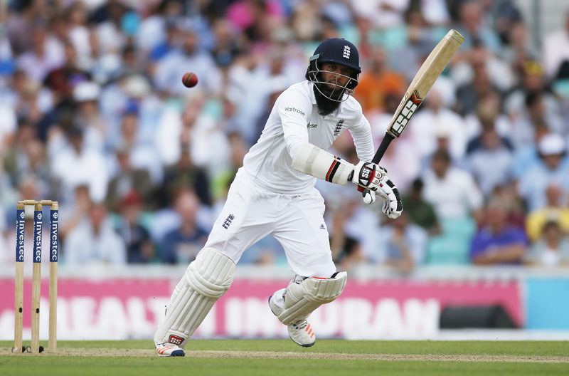 England's Moeen Ali bats during the Fourth and final test match against Pakistan, at the Oval, on Thursday, August 11, 2016. Photo: Reuters