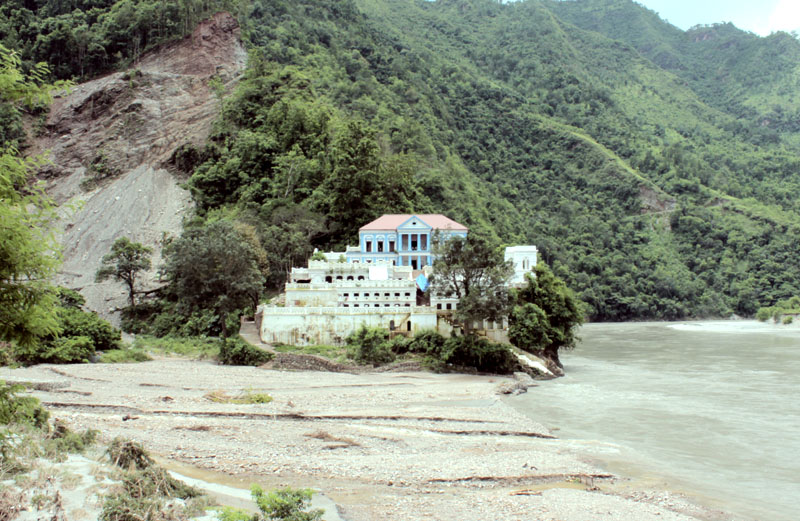 The historical Rani Mahal in Boghagumba-2 of Palpa district lies at the risk due to a road-construction project, as captured on Saturday, August 13, 2016. The continuous landslide has been making the surrounding barren. Photo: RSS