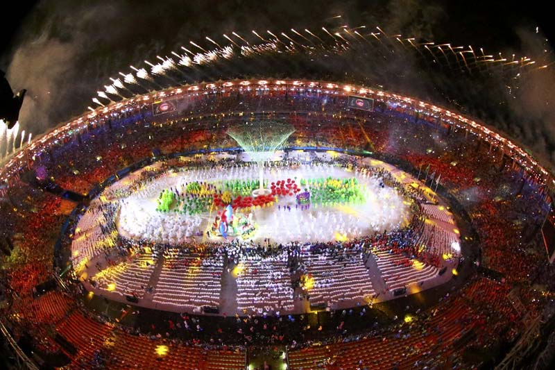 Fireworks explode during the closing ceremony at the Maracana Stadium in Rio de Janeiro, Brazil on August 21, 2016. Photo: Reuters