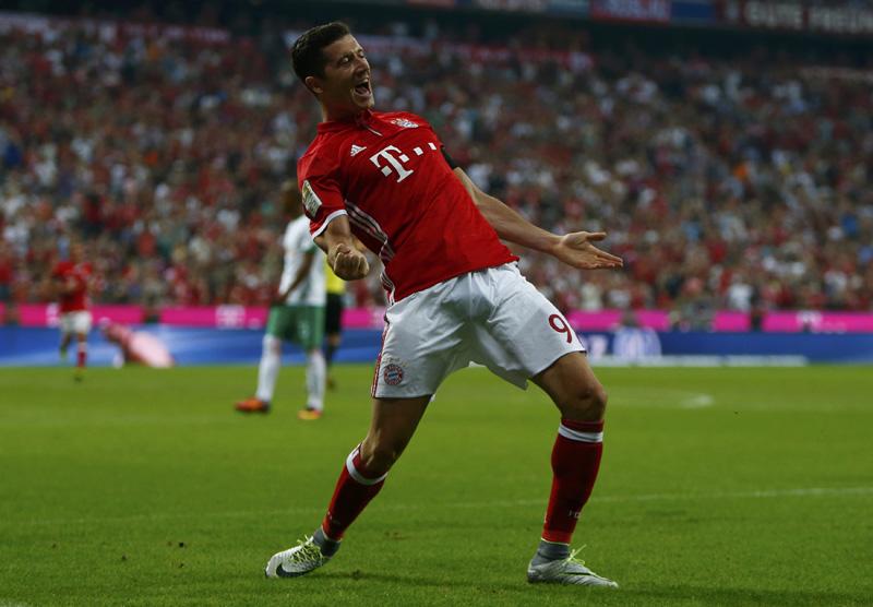 Bayern Munich's Robert Lewandowski celebrates after scoring the second goal against Werder Bremen. Photo: Reuters