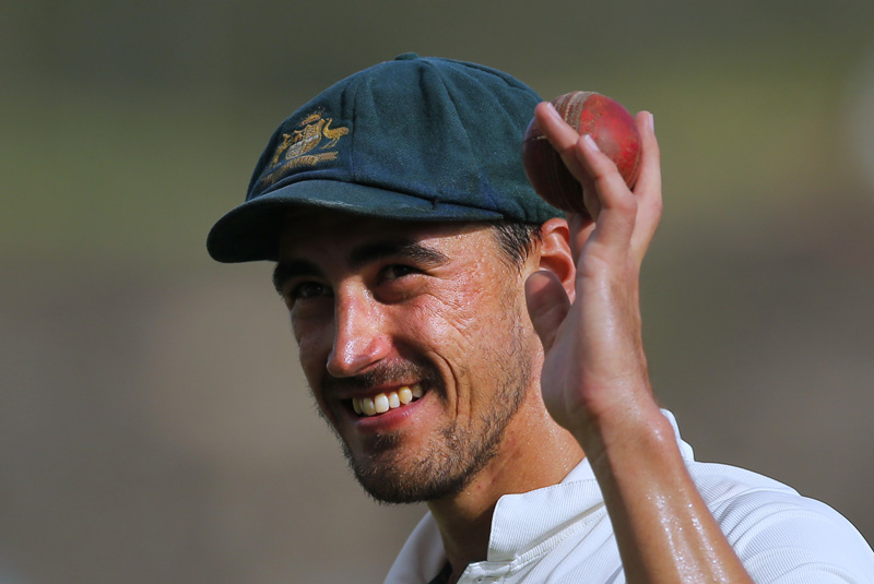 Australia's Mitchell Starc acknowledges the crowd after taking a haul of five Sri Lankan wickets on day one of their second test cricket match in Galle, Sri Lanka, Thursday, August 4, 2016. Photo: AP