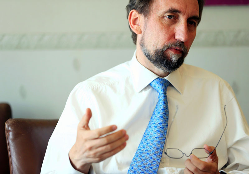 United Nations High Commissioner for Human Rights Zeid Ra'ad Al Hussein gestures during an interview with Reuters in Geneva, Switzerland, August 10, 2016. Photo: REUTERS