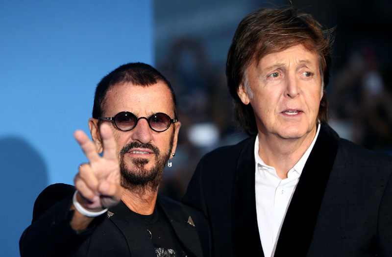 Former Beatles Ringo Starr (L) and Paul McCartney attend the world premiere of 'The Beatles: Eight Days a Week - The Touring Years' in London, Britain September 15, 2016. Photo: REUTERS