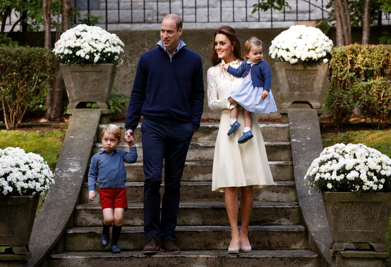 Britain's Prince William, Catherine, Duchess of Cambridge, Prince George and Princess Charlotte arrive at a children's party at Government House in Victoria, British Columbia, Canada, on Thursday, September 29, 2016. Photo: Reuters