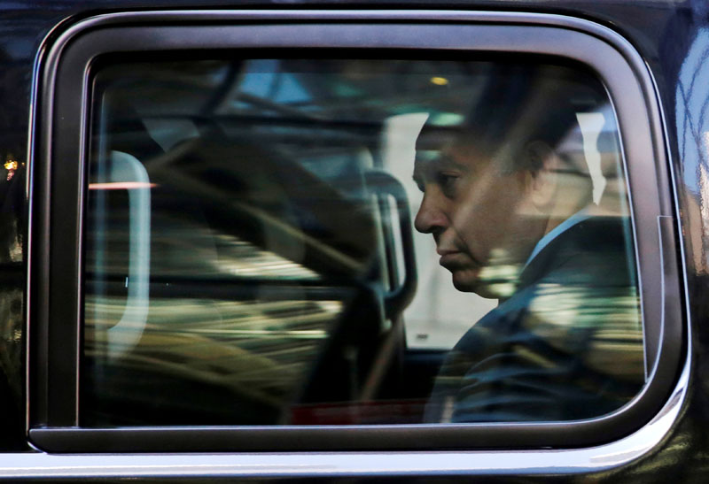 Israel's Prime Minister Benjamin Netanyahu departs after meeting with Republican presidential nominee Donald Trump at Trump Tower in New York, US September 25, 2016. Photo: Reuters