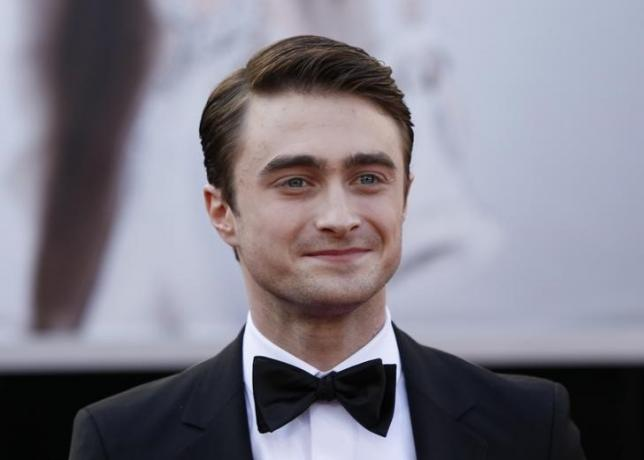 Actor Daniel Radcliffe arrives at the 85th Academy Awards in Hollywood, California February 24, 2013.    REUTERS/Lucas Jackson/Files