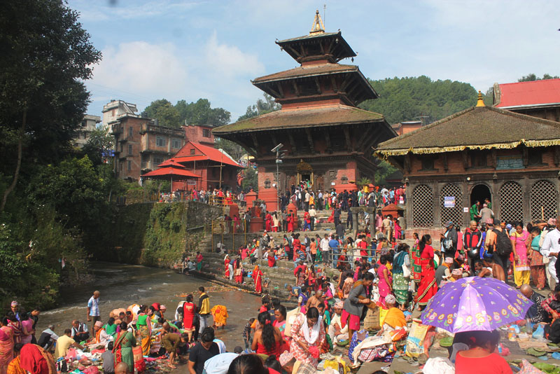 Hindu devotees gather at Gokarneshwar Temple on the occasion of Kushe Aunshi in Kathmandu, on Thursday, September 1, 2016. People those who have lost their father visit the temple in Gokarna on this Holy Day also called Father's Day. Photo: RSS