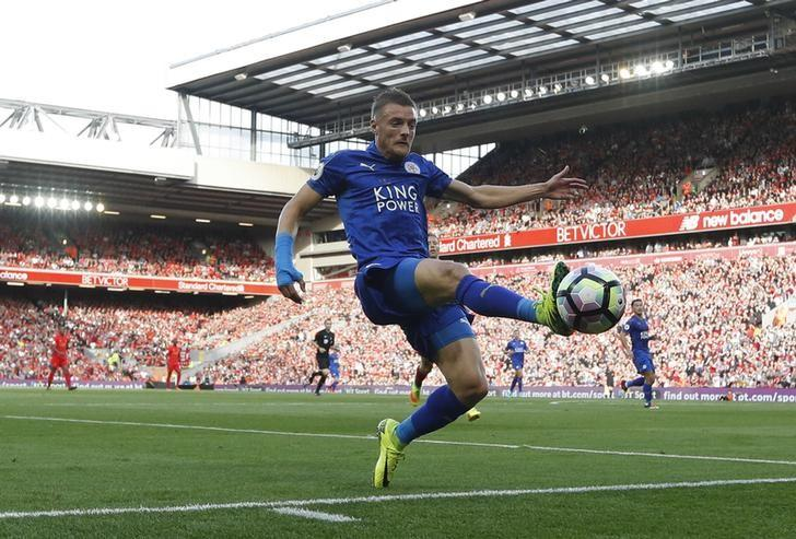 Britain Soccer Football - Liverpool v Leicester City - Premier League - Anfield - 10/9/16nLeicester City's Jamie Vardy in actionnReuters / Darren Staples