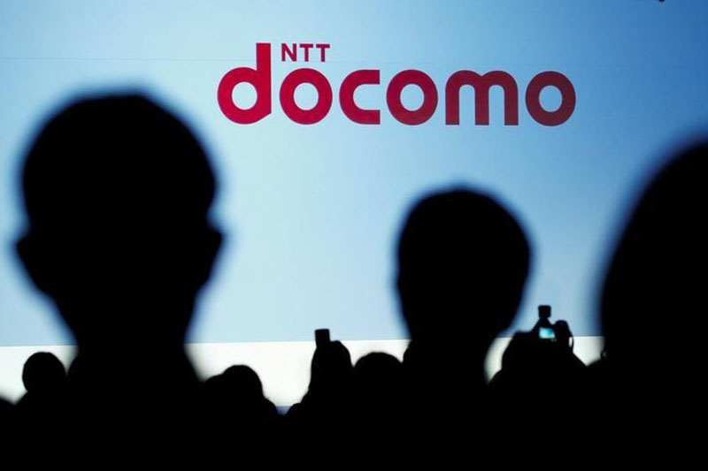 People attend a product unveiling event of the Japanese mobile communications company NTT Docomo in Tokyo, Japan, May 11, 2016. Photo: Reuters