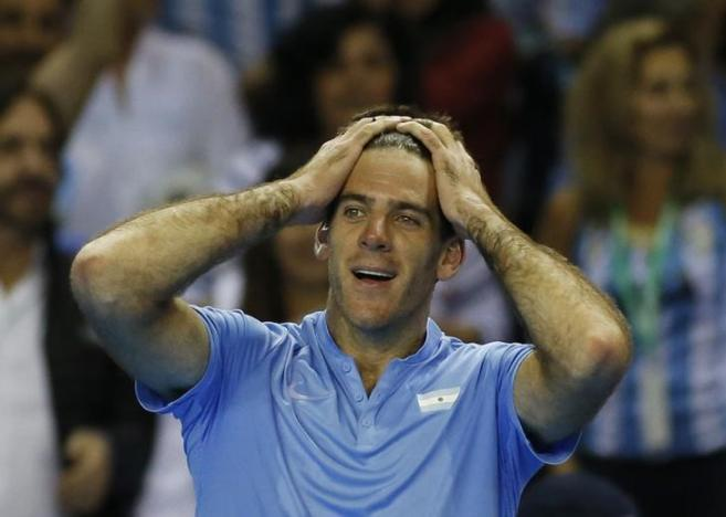 Britain Tennis - Great Britain v Argentina - Davis Cup Semi Final - Emirates Arena, Glasgow, Scotland - 16/9/16nArgentina's Juan Martin del Potro celebrates after winning his match against Great Britain's Andy MurraynAction Images via Reuters / Andrew BoyersnLivepic