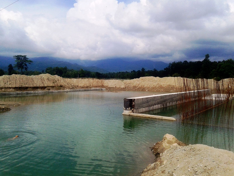 A major dam of Kalapani irrigation project is currently under construction in Jhilari Pipladi Municipality district on Saturday, September 03, 2016.  More than Rs 90 million is being invested in the project. Photo: RSS