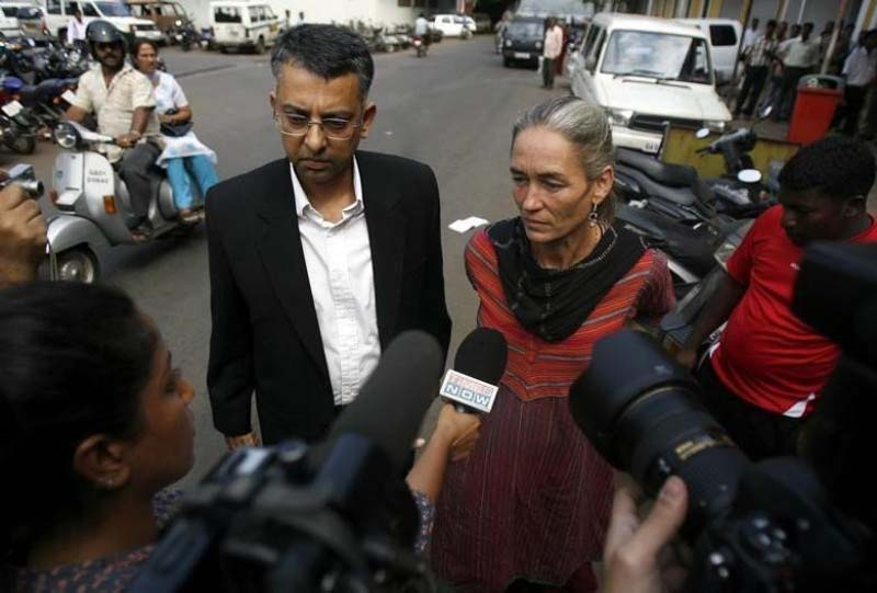 File- Fiona Mackeown (R), mother of murdered 15-year-old Scarlett Keeling, and her lawyer Vikram Verma speak to the media before entering the police station for Fiona's questioning session on Scarlett's murder case in Panjim, Goa, on March 15, 2008. Photo: Reuters