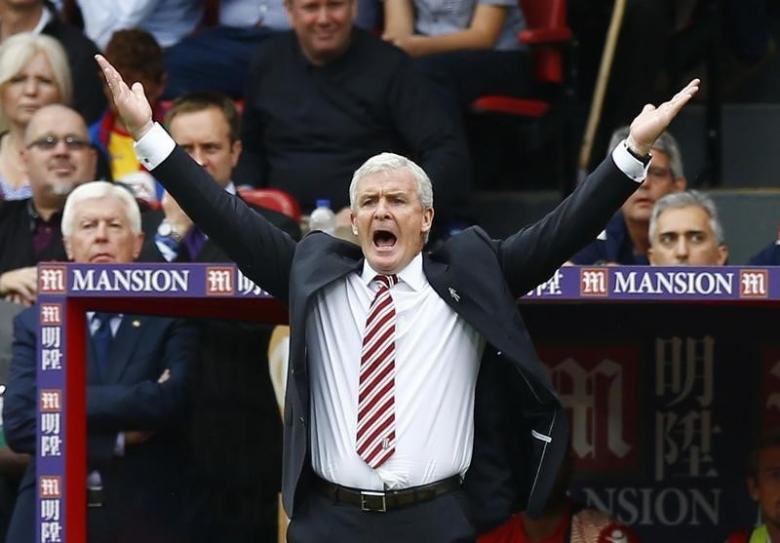 Britain Football Soccer - Crystal Palace v Stoke City - Premier League - Selhurst Park - 18/9/16nStoke City manager Mark Hughes gesturesnAction Images via Reuters / Peter CziborranLivepic