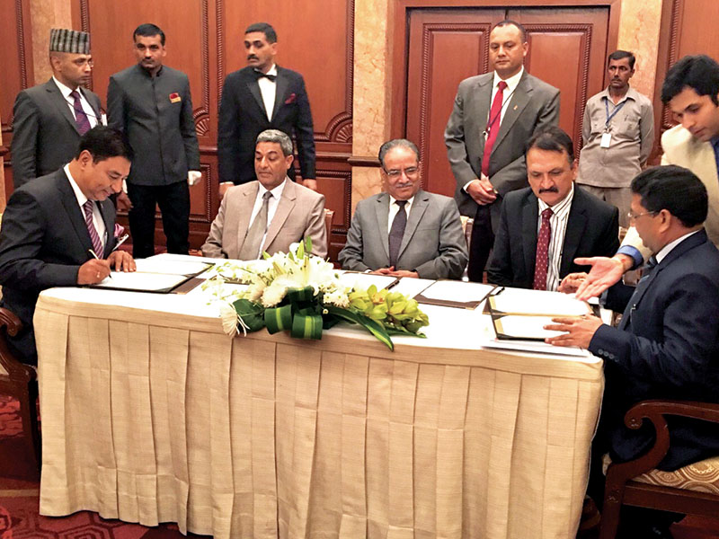 Nepal Chamber of Commerce (NCC) and the Associated Chambers of Commerce and Industry of India (ASSOCHAM) sign a memorandum of understanding (MoU) to promote bilateral trade and economy, as well as social and cultural sectors of the two countries, on Saturday, September 17, 2016. Photo: THT