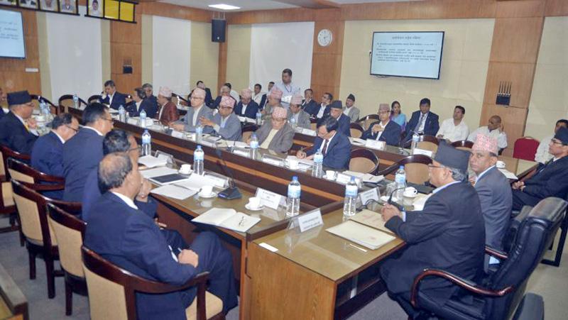 Prime Minister Pushpa Kamal Dahal holds a meeting with secretaries at Singha Durbar in Kathmandu, on Sunday, September 25, 2016. Courtesy: PM's Secretariat