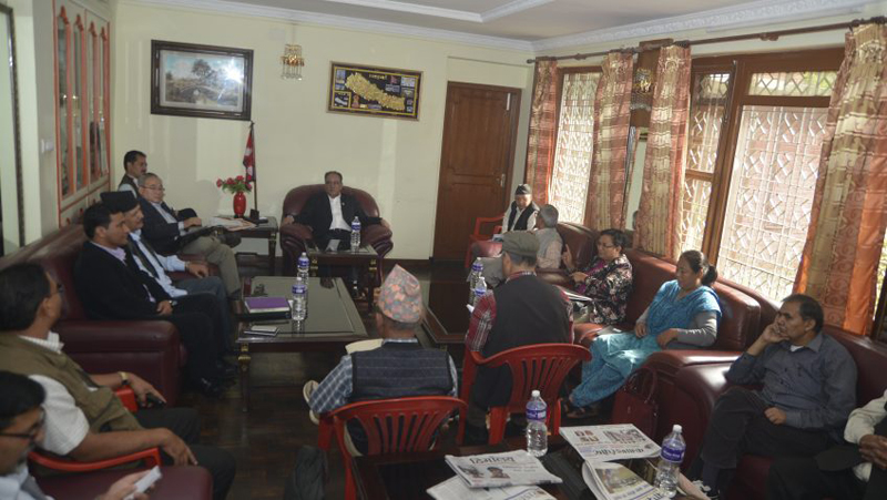 Prime Minister and CPN Maoist Centre Chairman Pushpa Kamal Dahal holds a meeting with his party leaders at Lazimpat on Wednesday, September 14, 2016. Photo: PMu2019s Secretariat