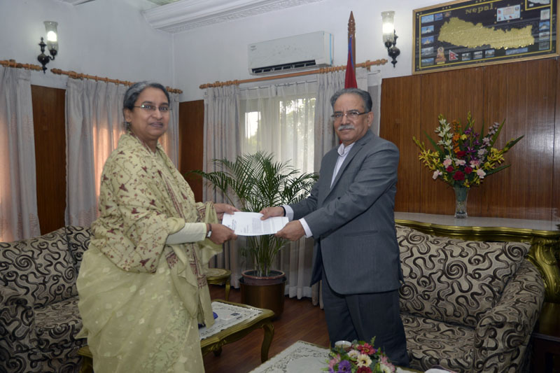 Prime Minister Pushpa Kamal Dahal holds a meeting with Bangladeshi Parliamentary Standing Committee Chairman and former Minister for Foreign Affairs Dr Dipu Moni at PM's official residence in Baluwatar, Kathmandu, on Friday, September 30, 2016. Photo: PM's Secretariat.