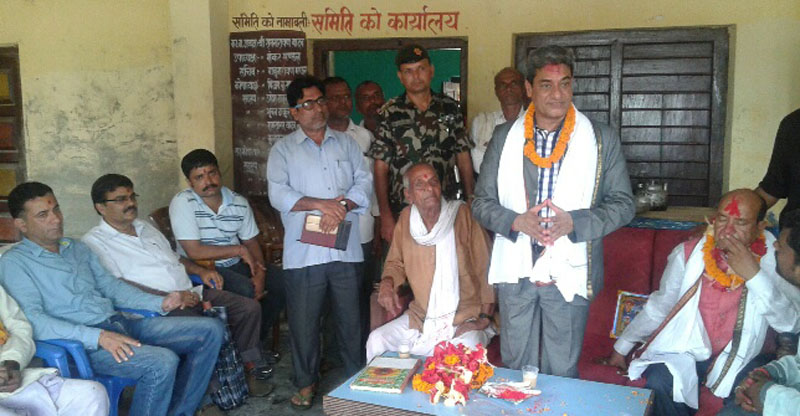 Minister for Physical Infrastructure and Transport, Ramesh Lekhak, addresses journalists during an interaction programme in Saptari district on Saturday. Photo: Byas Shankar Upadhyay