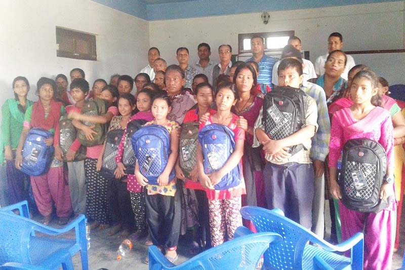 As many as 21 child workers pose for a photograph after they were rescued from separate places of Dang district, on September 8, 2016. Photo: RSS