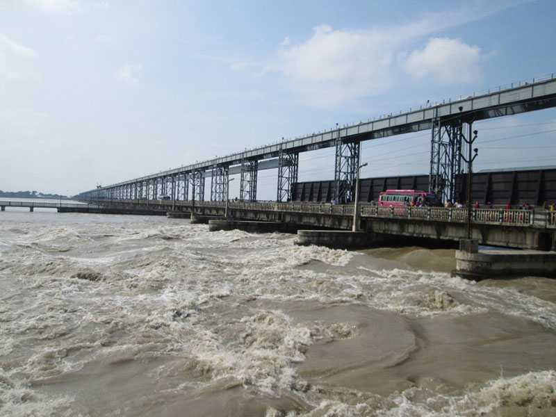 Highest water flow was measured this year in the Saptakoshi River due to  continuous rainfall, in Saptari, on Tuesday, September 13, 2016. Photo: THT