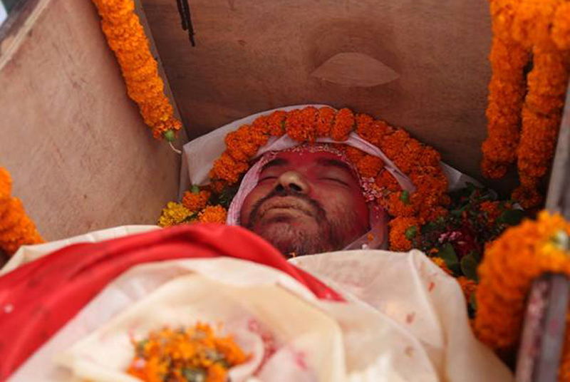 The body of renowned singer Sunil Bardewa kept for final tribute  in the premises of the Nepal Academy, Kamaladi, on Wednesday, September 14, 2016. Photo: RSS