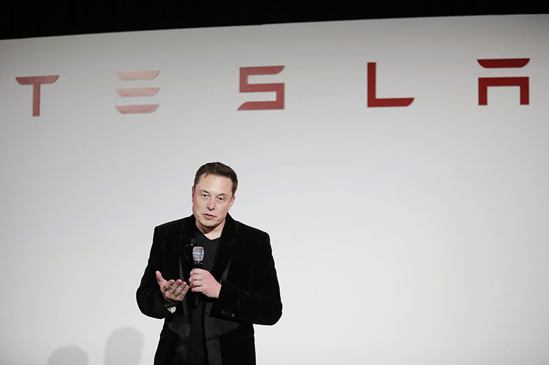 FILE - Elon Musk, CEO of Tesla Motors Inc, talks during a news conference at the company's headquarters in Fremont, California, onTuesday, September 29, 2015. Photo: AP