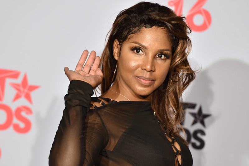 FILE - In a Sunday, June 26, 2016 file photo, Toni Braxton poses in the press room at the BET Awards at the Microsoft Theater, in Los Angeles. Grammy-winning singer raxton will be honored at the BMI R&B/Hip-Hop Awards in Atlanta, Thursday, September 1, 2016. Photo: AP