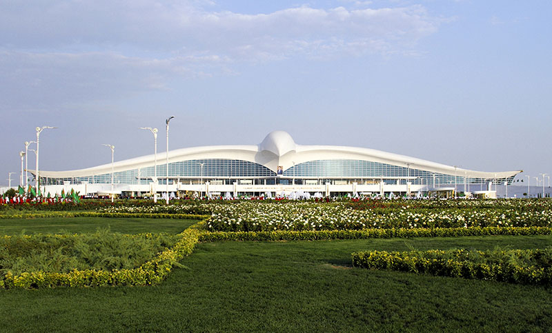 A view of the new international airport terminal outside Ashgabat, Turkmenistan, on Saturday, September 17, 2016. Photo: AP