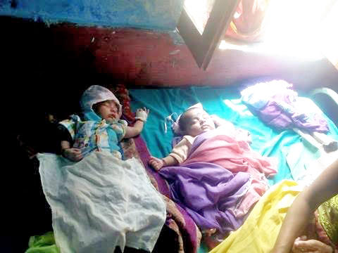Children suffering from viral fever receiving treatment at Jogbudha Hospital, in Dadeldhura, on Tuesday, September 20, 2016. Photo: THT