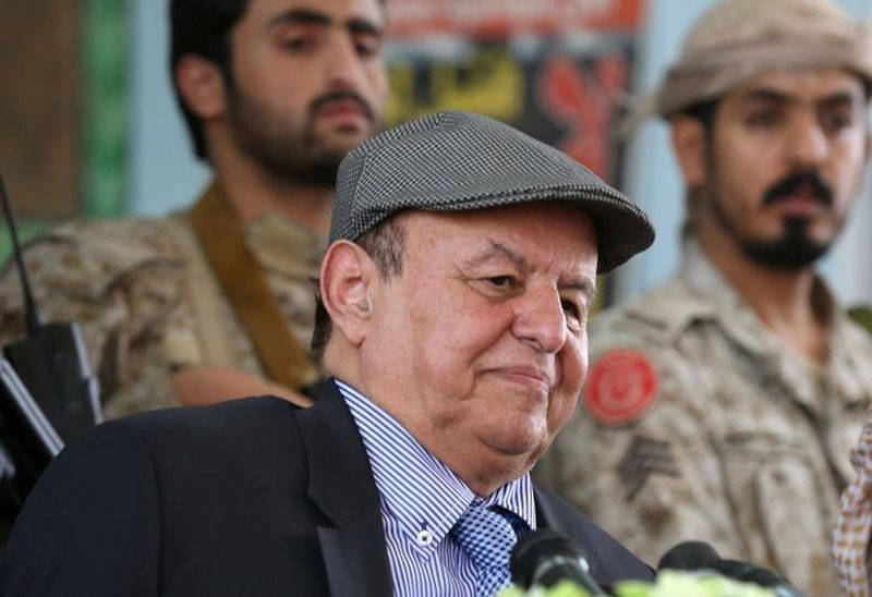 Yemen's President Abd-Rabbu Mansour Hadi attends a meeting with local officials during a visit to the coutry's northern province of Marib July 10, 2016. Photo: Reuters