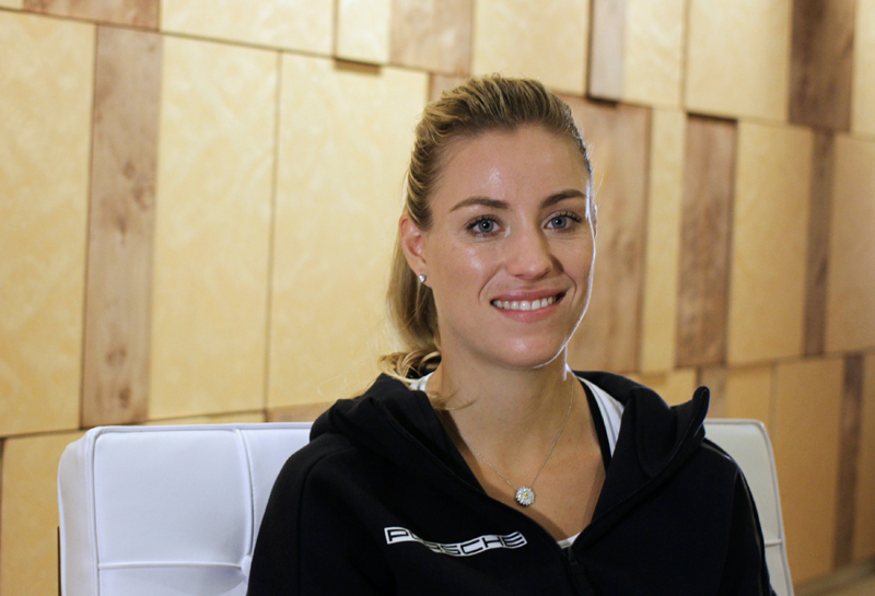 World number one tennis player Angelique Kerber of Germany poses during an interview in Singapore October 20, 2016. Photo: Reuters