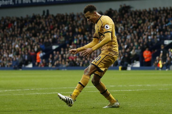 Britain Football Soccer - West Bromwich Albion v Tottenham Hotspur - Premier League - The Hawthorns - 15/10/16nTottenham's Dele Alli celebrates scoring their first goalnAction Images via Reuters / Andrew Boyers/ Livepic/ Files
