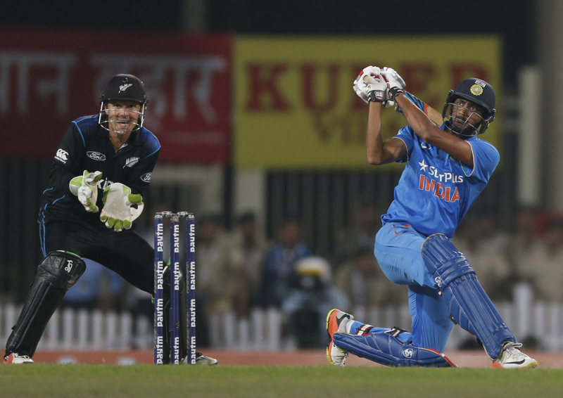 India's Axar Patel plays a shot during the fourth one-day international cricket match against New Zealand in Ranchi, India, Wednesday, Oct. 26, 2016. Photo: AP