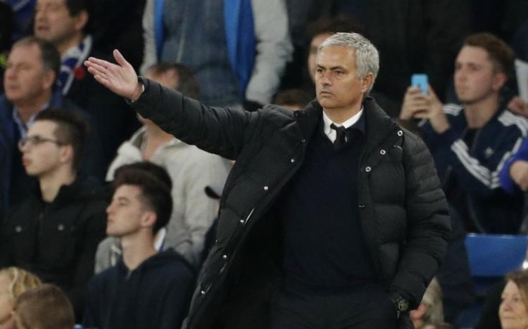 Britain Soccer Football - Chelsea v Manchester United - Premier League - Stamford Bridge - 23/10/16 Manchester United manager Jose Mourinho  Action Images via Reuters / John Sibley Livepic