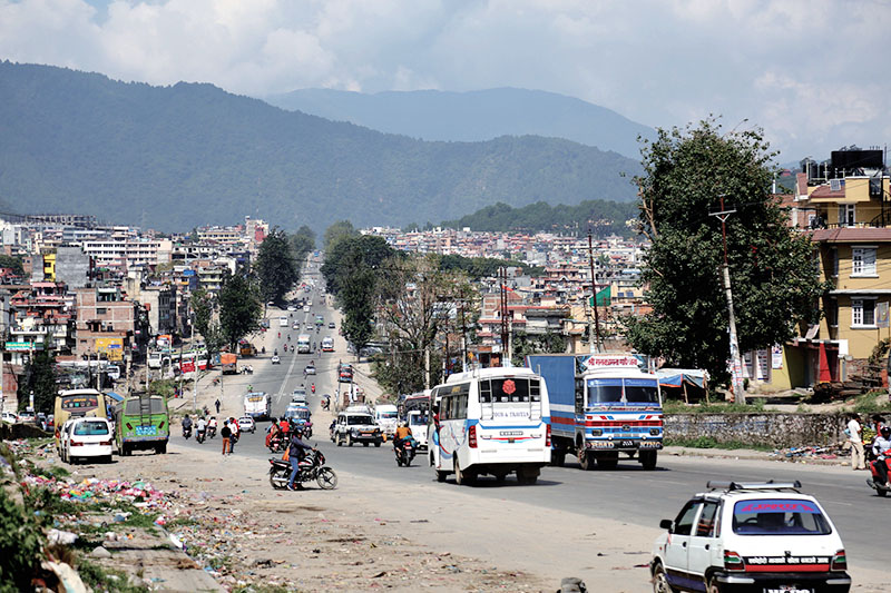 Vehicles plying the Ring Road at Kalanki, in Kathmandu, on Thursday, October 13, 2016.  Vehicular traffic has increased with people returning to the Valley after celebrating Dashain. Photo: THT