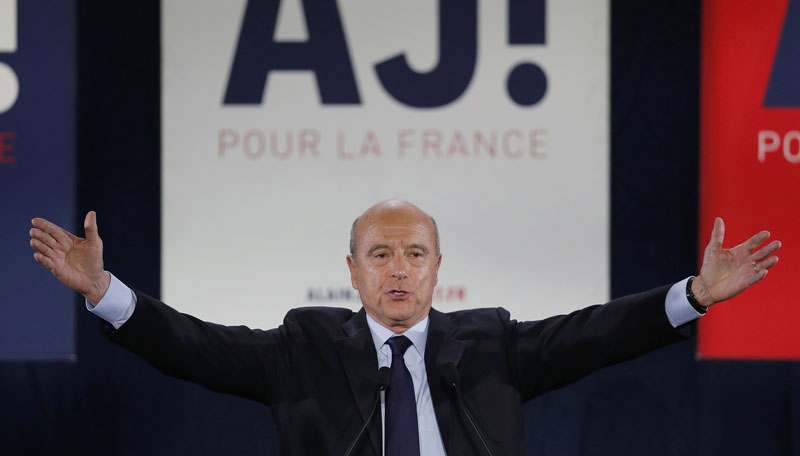 French politician Alain Juppe, current mayor of Bordeaux, a member of the conservative Les Republicains political party and candidate for the centre-right presidential primary, attends a rally as he campaigns in Bordeaux, France, on November 9, 2016. Photo: Reuters