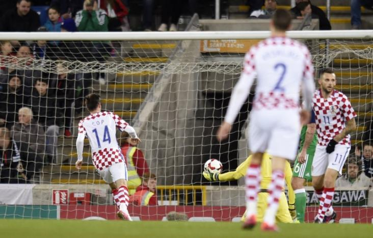 Britain Football Soccer - Northern Ireland v Croatia - International Friendly - Windsor Park, Belfast, Northern Ireland - 15/11/16 Croatia's Andrej Kramaric scores their third goal Reuters / Clodagh Kilcoyne Livepic EDITORIAL USE ONLY.