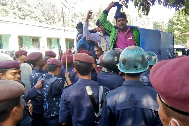 Cadres of Madhes-based parties detained by security personnel after their protest against CPN-UML leader Mahdav Kumar Nepal in Gaur of Rautahat, on Tuesday, November 15, 2016. Photo: Prabhat Kumar Jha/THT