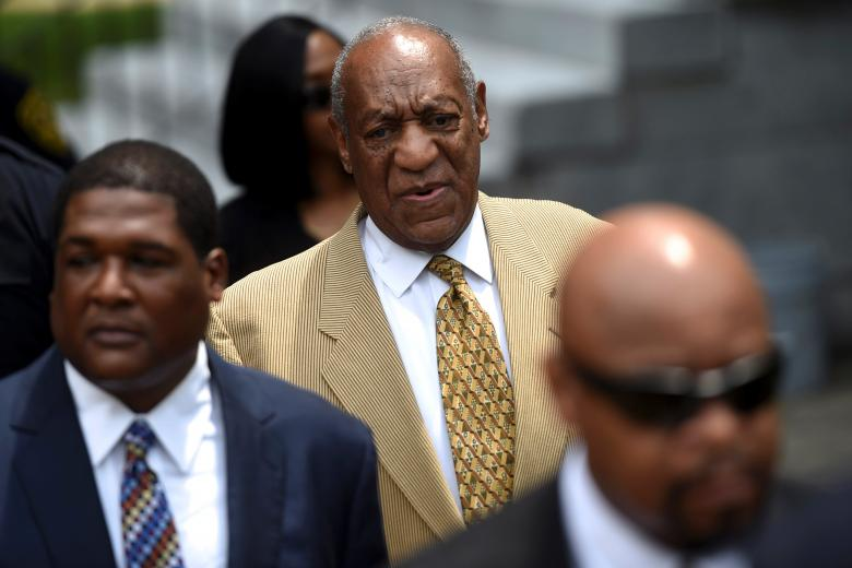 Actor and comedian Bill Cosby arrives for a Habeas Corpus hearing on sexual assault charges at the Montgomery County Courthouse in Norristown, Pennsylvania, U.S. July 7, 2016.  REUTERS/Mark Makela/File Photo