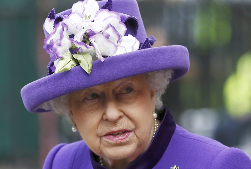 Britain's Queen Elizabeth leaves Westminster Abbey after attending a service of thanksgiving for the 60th anniversary of the Duke of Edinburgh Award, in central London, November 24, 2016. Photo: Reuters